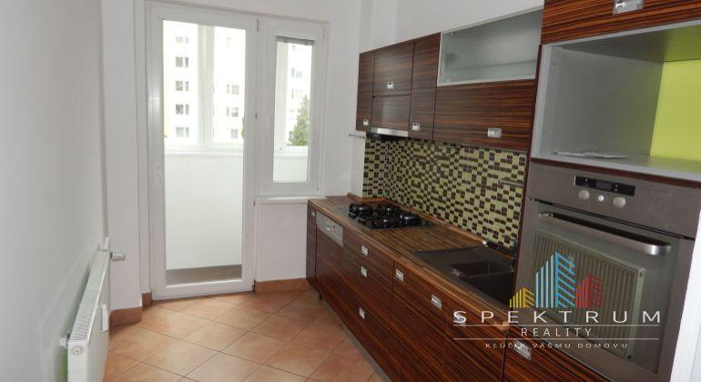 REZERVOVANÉ- EXKLUZÍVNE- Na Predaj 3- izbový byt, 63.38 m2, okres Prievidza, Zapotôčky