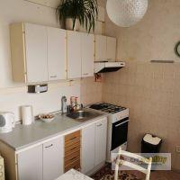 2 izbový byt, Nové Zámky, 64.80 m², Pôvodný stav