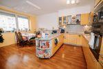5 a viac izbový byt - Košice-Sídlisko KVP - Fotografia 3