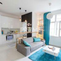 2 izbový byt, Bratislava-Staré Mesto, 44 m², Kompletná rekonštrukcia
