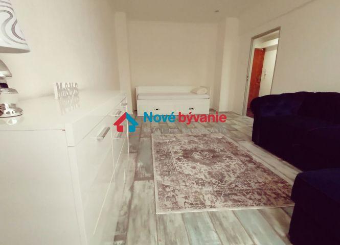 1 izbový byt - Humenné - Fotografia 1