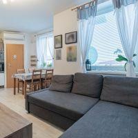 2 izbový byt, Pezinok, 56.30 m², Kompletná rekonštrukcia