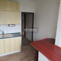 2 izbový byt, Trnava, 53 m², Čiastočná rekonštrukcia