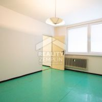4 izbový byt, Michalovce, 93.59 m², Pôvodný stav