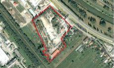 Pozemok v komerčnej zóne Nitra - príjazd od R1