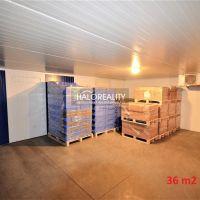 Skladovacie, Liptovský Hrádok, 100 m², Čiastočná rekonštrukcia