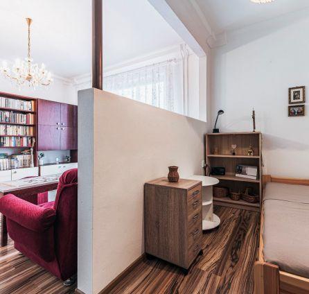 REZERVOVANÝ -  1 izb. byt s balkónom, Ružinov, ul. Narcisová, kompletná rekonštrukcia