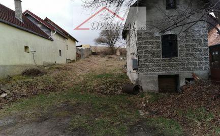 Liptovský Trnovec - pozemok v intraviláne obce.