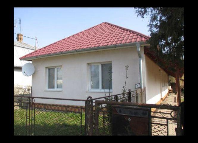 Rodinný dom - Vojany - Fotografia 1