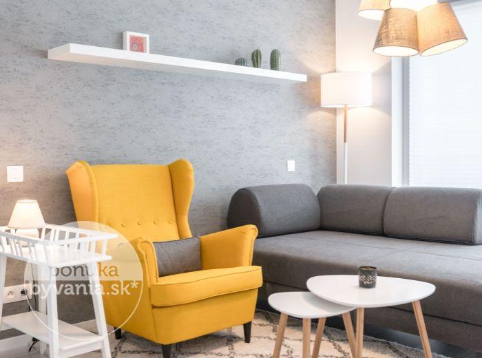 PRENAJATÉ - ZUZANY CHALUPOVEJ, 1-izb. byt, 29 m2 – moderná novostavba, veľká loggia, ELEGANTNE a ŠTÝLOVO zariadený s AC
