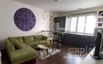 PRENÁJOM útulný priestranný 2-izbový byt na Vajnorskej  ulici. Bratislava -Nové Mesto Expisreal