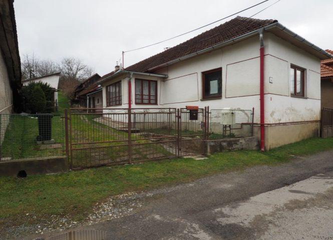 Rodinný dom - Klenov - Fotografia 1
