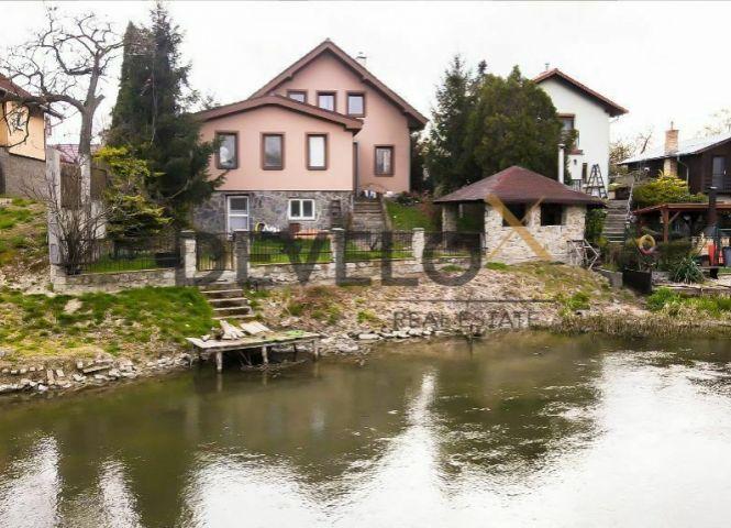 Rodinný dom - Tomášov - Fotografia 1