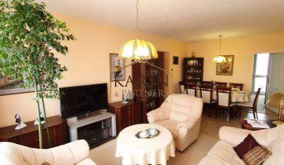 Na predaj krásny 4 izbový byt ul. Kostolná Veľký Biel tehla