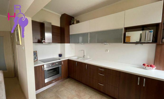 Na predaj 3 izbový byt po kompletnej rekonštrukcii lokalita Ružinov