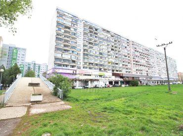 1 izbový byt s krásnym výhľadom na jazero na ulici Topoľčianska