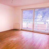 4 izbový byt, Trenčín, 137 m², Pôvodný stav