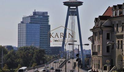 Hľadáme pre klienta adm.budovu v Bratislave na prenájom