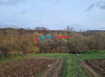 PREDAJ - Stavebný pozemok Chrastné