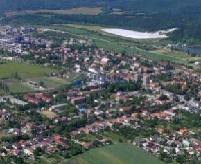 Pozemky na komerčné účely v okrajovej časti mesta Nováky
