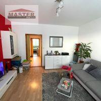 2 izbový byt, Bánovce nad Bebravou, 50 m², Kompletná rekonštrukcia