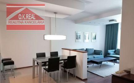 Ponúkame na prenájom moderne zariadený 3izbový byt v novostavbe, s 2 parkovacími miestami v garáži,  na ulici Boženy Němcovej v Bratislave – Staré Mesto.