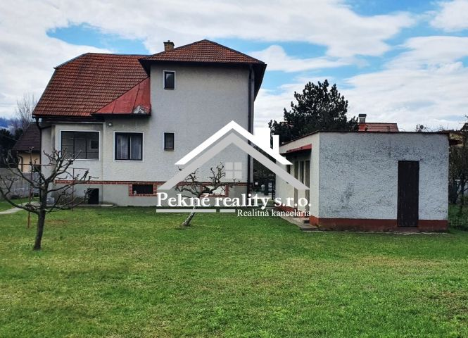 Rodinný dom - Budča - Fotografia 1