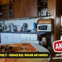 2 izbový byt, Zlaté Moravce, 63 m², Čiastočná rekonštrukcia