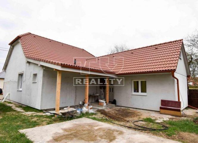 Rodinný dom - Rajčany - Fotografia 1