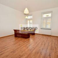 2 izbový byt, Bratislava-Staré Mesto, 70 m², Kompletná rekonštrukcia