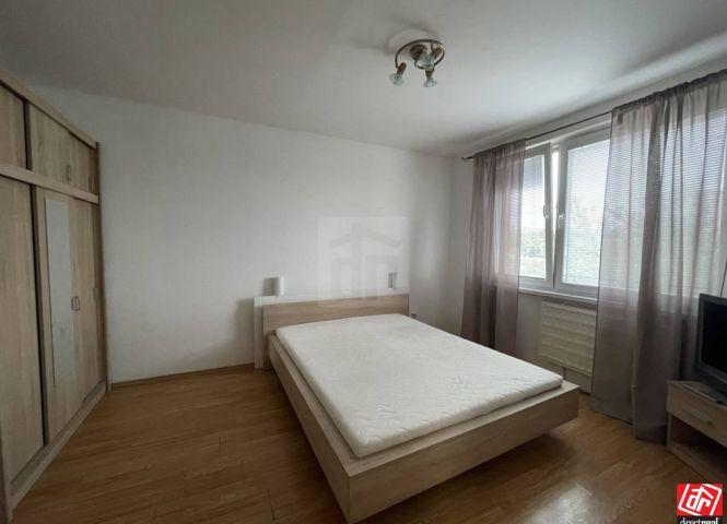 1 izbový byt - Šaľa - Fotografia 1
