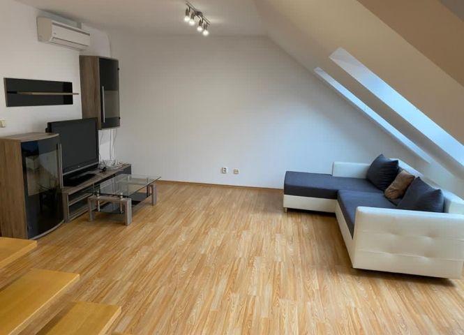 2 izbový byt - Hlohovec - Fotografia 1