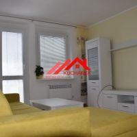 2 izbový byt, Pezinok, 53 m², Kompletná rekonštrukcia
