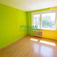 3 izbový byt, Nové Mesto nad Váhom, 67.55 m², Čiastočná rekonštrukcia