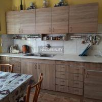 2 izbový byt, Prievidza, 68 m², Čiastočná rekonštrukcia
