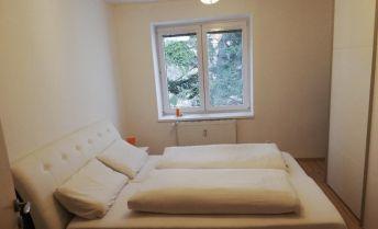 2 izbový byt na prenájom Staré mesto