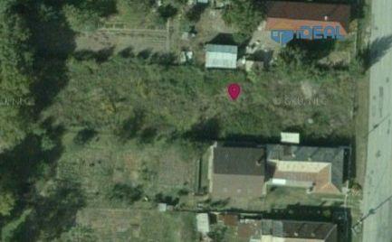 Stavebná parcela v obci Drienov, 900m2