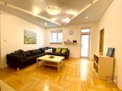 Predaj - 4-izbový byt s balkónom v Starom Mesto