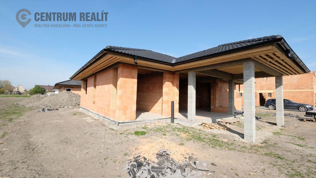 Rodinný dom-Predaj-Lehnice-178500.00 €
