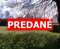 Na predaj pozemok 400 m2 na stavbu rodinného domu Prievidza FM1078