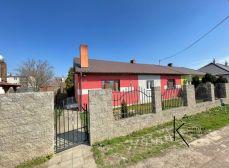 Realitná kancelária Kľúč - REZERVOVANÉ ponúka na predaj 4 izb. rodinný dom v meste Trnava mestská časť Farárske