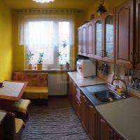 4 izbový byt, Humenné, 79 m², Čiastočná rekonštrukcia