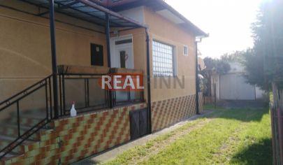 REZERVOVANÉ   REALFINN   Podhájska / 3km/ -  Rodinný dom na predaj po rekonštrukcii s pozemkom 1000 m2