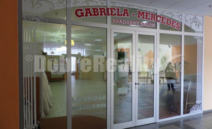 Obchodný priestor v centre Galanty 88m2 na predaj
