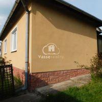Rodinný dom, Úľany nad Žitavou, 104 m², Čiastočná rekonštrukcia