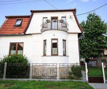 Rodinný dom / penzión na predaj, Liptovský Mikuláš - Palúdzka