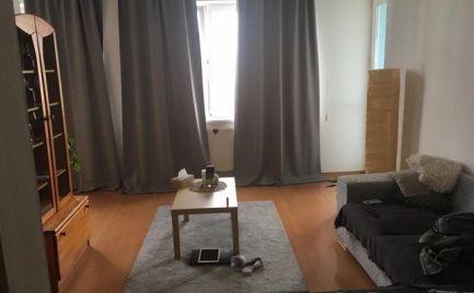 Veľký nadštandardný 2 izbový byt pri Retre s parkovaním, rekonštrukcia