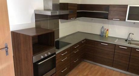 PRENÁJOM - kompletne prerobený 2 izbový rodinný dom v Komárne
