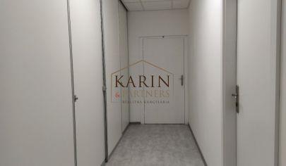 Prenájom dve kancelárie s vlastnou chodbou 38m2, ul. Polianky, BA IV., Dúbravka.