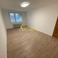 3 izbový byt, Senica, 84 m², Čiastočná rekonštrukcia